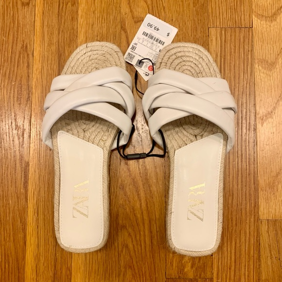 Zara flat quilted leather sandals NWT